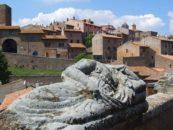 La Rocca dei Poeti, a Tuscania un festival nazionale di poesia