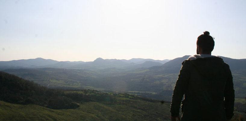 Dall'Etruria alla Sardegna in nome del viaggio a piedi