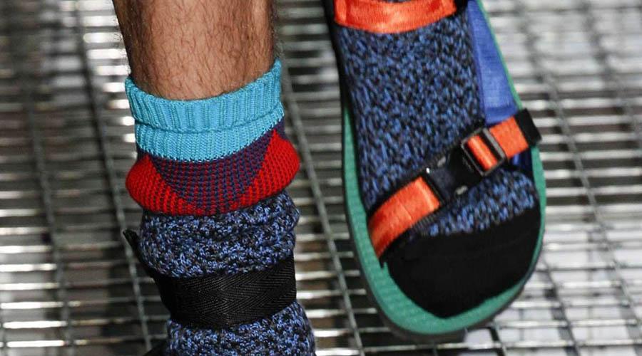 Le calze con le ciabatte