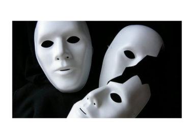 Oltre la maschera