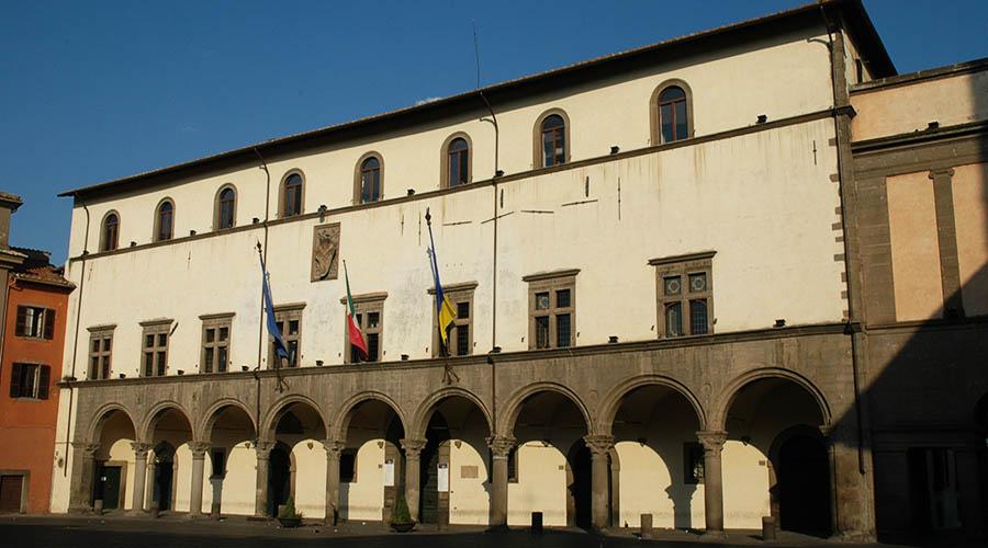 palazzo dei priori comune viterbo