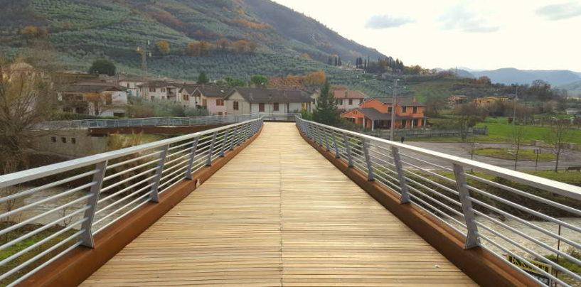 A Ferentillo, inaugurazione della passerella ciclopedonale sul Nera