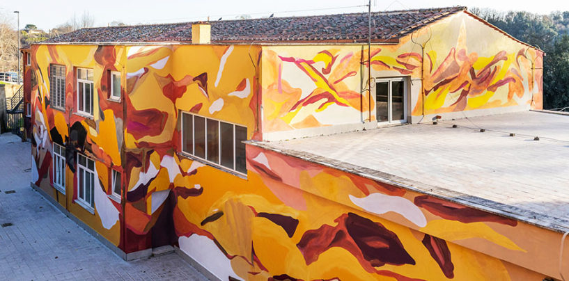 L'edificio della scuola primaria di Gallese è diventato un'opera d'arte