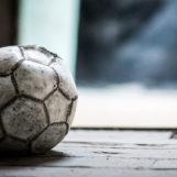 Mamma Ultrà – Il bello del calcio. Palleggio a distanza