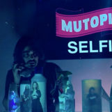 """Mutopia, il nuovo videoclip di """"Selfie"""" in tempi di coronavirus"""