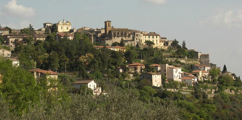 Calvi dell'Umbria, i cittadini riportano alla luce un antico fontanile