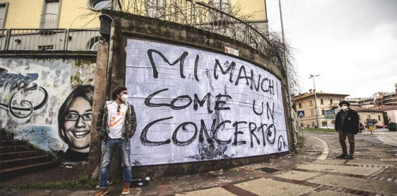 """""""Mi manchi come un concerto"""", messaggio d'artista a Perugia"""