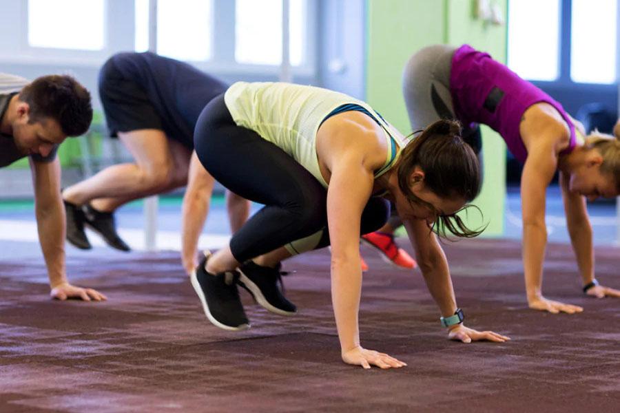 Burpee, uno degli esercizi fitness più completi